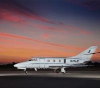 falcon_10_jet_aircraft_N715JC_side-3mb.jpg