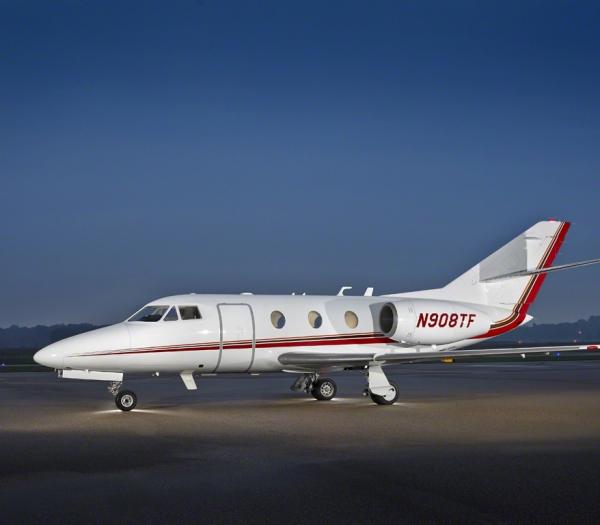 Falcon_10_jet_Clubjet_9'15_N908TF_x_exterior_side-3mb