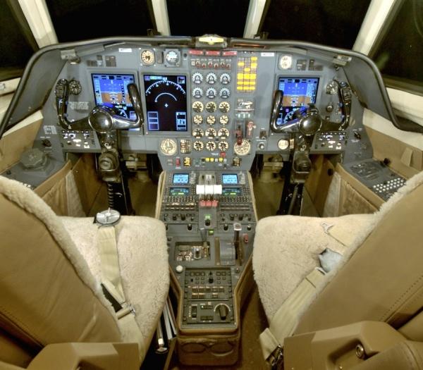 Falcon 50 ZLine 021